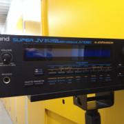 """Roland JV1080 + expansiones SRJV8002 """"World"""" y SRJV8005 """"Orchestral"""""""