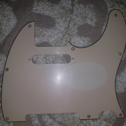 Golpeador original Fender Telecaster Standard