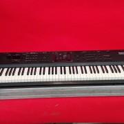Piano roland A90 con case