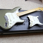 Stratocaster USA pewter