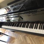 Piano vertical Kingsburg