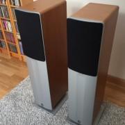 Altavoces de suelo Q-Acoustics