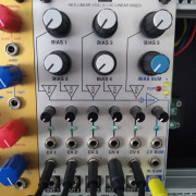 Intellijel Designs Linix VCA/Mixer eurorack modular