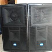 DOS cajas RCF 4-PRO 6001