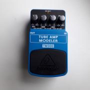Pedal Behringer TM300 Tube Amp Modeler