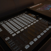 NATIVE INSTRUMENTS MASCHINE JAM (ABSOLUTAMENTE IMPECABLE)