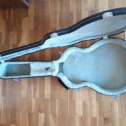 Estuche rígido Ibanez para guitarras Hollow Body modelos GB, AG y