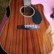 Fender acústica