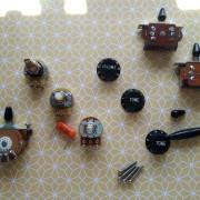 Mercadillo electrónico: pote CTS, Fender switch, Orange Drop,Knob