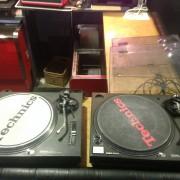 Platos technics 1210 mk2 y 1210 mk5 tocadiscos giradiscos