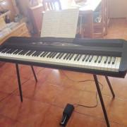 piano escenario KORG SP-280