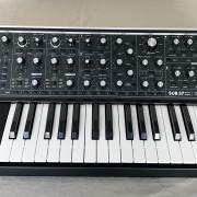 Moog Sub 37 + Funda original Moog