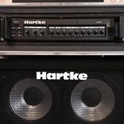 "Hartke HA4000 (flight case) + pantalla 4x10"""