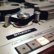 Se pasan pistas por cinta analogica con Studer A820