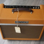 """Fender """"Limited Edition Bassbreaker 15W Lacquered Tweed"""