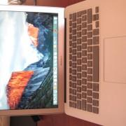 """Macbook Air 13"""" de 2015 con 8Gb RAM"""