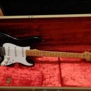 Fender stratocaster avri 57