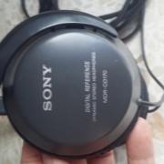 Cascos Sony y ecualización Behringer