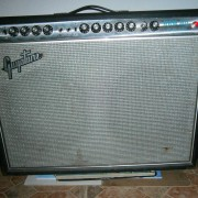 Guyatone GA-1050 REVERB JAZZ!!! (60'S FENDER PRO REVERB CLON)