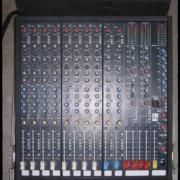 Mesa de mezclas Soundcraft k1