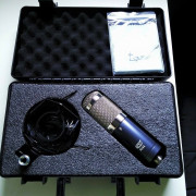 Micrónofo de cinta MXL R144