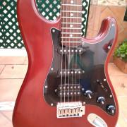 Stratocaster Squier Standard series Walnut Satin