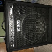 Fender Rumble 100 ampli de bajo
