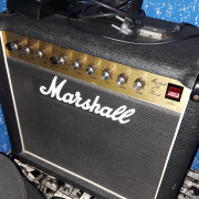 Marshal 75 Reverb (época jcm800)