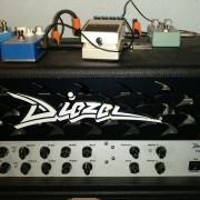 ( o cambio guitarra ZURDA) Diezel Einstein 50 W kt77