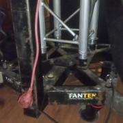 VENDO TORRES FANTEK T- 110, 7MTS.