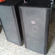Vendo 2 Cajas DAS Mod R-215 1200 Watios Rms