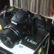 Cámara bridge Nikon L820 + estuche + SD 64GB + Eneloop