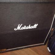Pantalla marshall 4x12 con v30 ingleses pantalla de las de antes. Rebaja por tiempo limitado