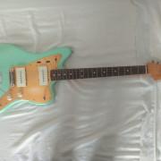 Fender Jazzmaster 60s Lacquer (mejorada)