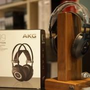 Auriculares AKG K99