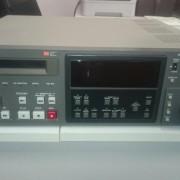 DAT SONY PCM7040