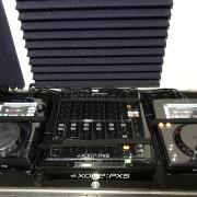 Pack Xone PX5 y 2 XDJ 700 + Decksavers + Flightcase