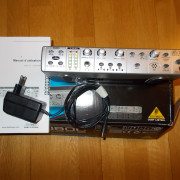 Control de Monitores Behringer Mon800