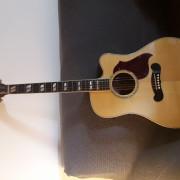 Gibson songwriter deluxe studio RESERVADA