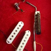 Fender Jaguar CIJ Accesorios