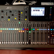 Berhinguer X32, stagebox S16 y cableado