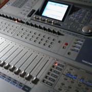 Mesa digital TASCAM DM3200