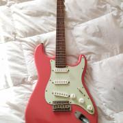 Nash S-63 Stratocaster - mástil ojo de pájaro radio 9,5 -