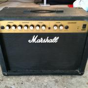 Marshall G215R CD