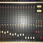 Soundcraft 200SR 16x4x2