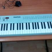 controlador MIDI MIDIPLUS