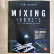 Libro Mixing Secrets for the Small Studio (Inglés)