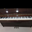 Piano  vertical modelo Yamaha