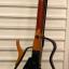 Guitarra Yamaha y Cort. Cavaquinho, banjo y ukulele
