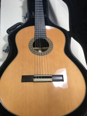 guitarra Admira modelo 20a